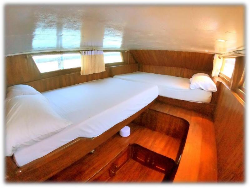 Baronang Boat - Standard AC Boat image